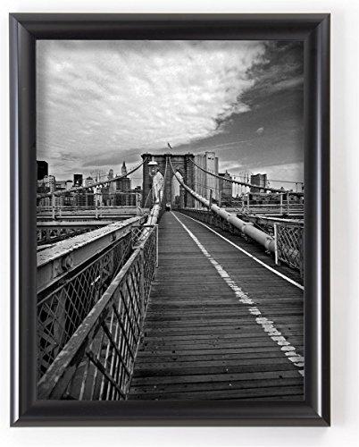 Displays2go Wall Mount Poster Frame and Hooks for Portrait or Landscape Graphics, Black