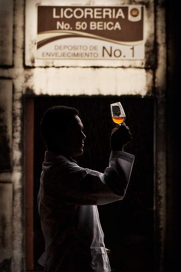 BARCELÓ Añejo Ron Dominicano 37,5% - 700 ml