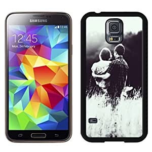 New Beautiful Custom Designed Cover Case For Samsung Galaxy S5 I9600 G900a G900v G900p G900t G900w With Lover Couple Princess Hold Phone Case