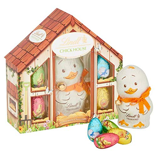 Lindt Easter Milk Chocolate Charlie Chick House 140g