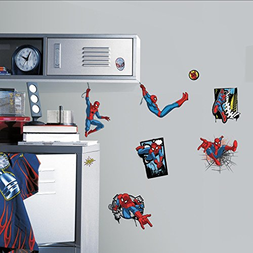 RoomMates Ultimate Spider-Man Comic Peel And Stick Wall -