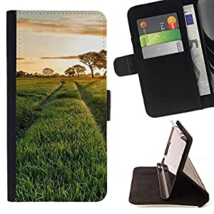 Momo Phone Case / Flip Funda de Cuero Case Cover - Naturaleza Hermosa Forrest Verde 115 - Motorola Moto E ( 2nd Generation )