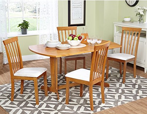 Classic Style Honey Oak Dining Table with Four Chairs
