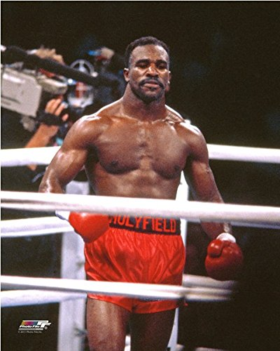 (Evander Holyfield Boxing Posed Photo (Size: 8