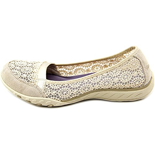 Sketchers Women's Breath Easy Pretty Face Shoes Natural iPYQuolz