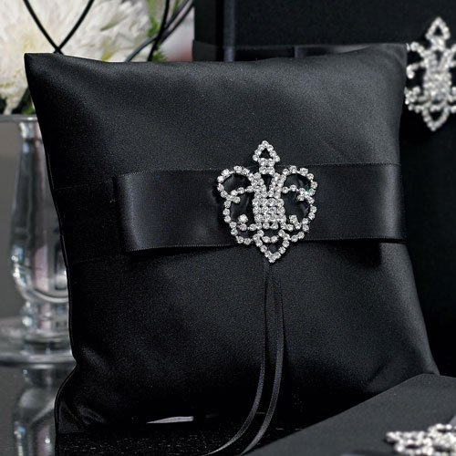Weddingstar Beverly Clark The Crowned Jewel Collection Ring Pillow, Black by Weddingstar Inc