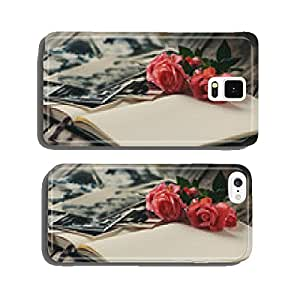 Photoalbum with rose on Wooden table cell phone cover case iPhone5