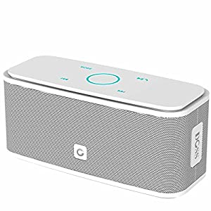 DOSS SoundBox Bluetooth 4.0 Portable Wireless speaker, Superior Sound quality with a powerful Subwoofer