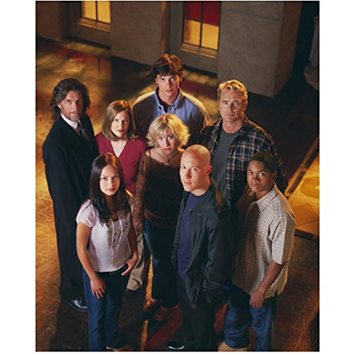 Smallville 8 inch x10 Inch Photo Cast Looking Up at Camera kn