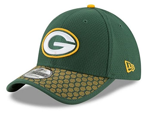 801af4634 New Era Men s Green Bay Packers 2017 Official NFL Sideline 39THIRTY Cap  Green Yellow Size
