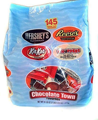 Hershey's Chocolate Town Favorites 145 Count Bag by - Hershey Outlet