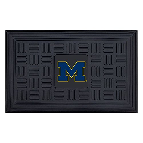 NCAA University of Michigan Wolverines 3-D Team Medallion Vinyl Door Mat