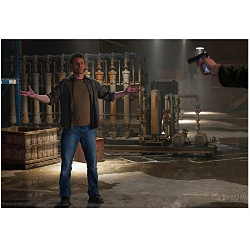 supernatural-tv-series-2005-8-inch-by-10-inch-photograph-mark-pellegrino-full-body-holding-arms-out-