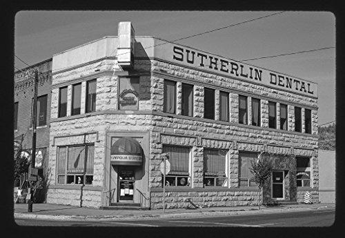 8 X 12 Bw Photo Of  South Umpqua State Bank  Central   State Streets  Sutherlin  Oregon 1987 Roadside America Margolies  John  Photographer 33Y