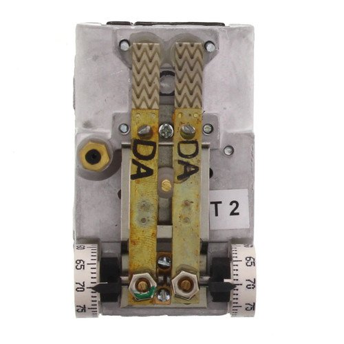 Johnson Controls T-4506-203 Dual Temperature Thermostat Without Indexing Switch, Direct Acting, Horizontal Mounting by Johnson Controls