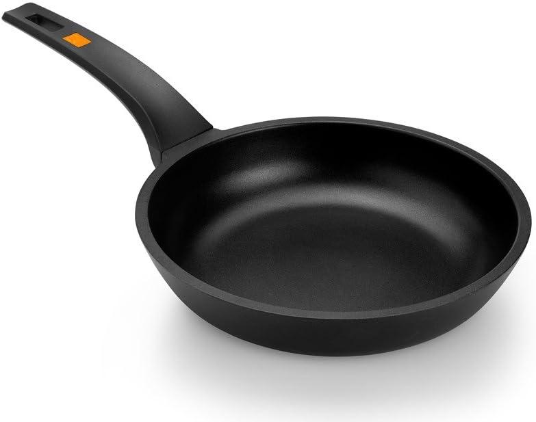 BRA Efficient - Sartén 28 cm, aluminio fundido con antiadherente Teflon Platinum Plus, apta para todo tipo de cocinas incluida inducción, libre de PFOA
