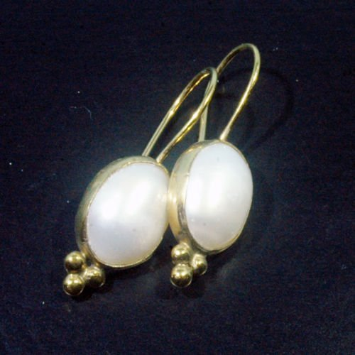 Ancient Design Jewelry Handmade Ancient Free Form Pearl Earring 22K Gold over 925K Sterling Silver ()