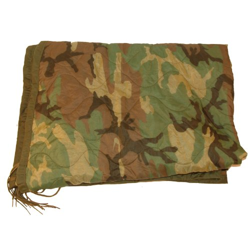 Poncho Liner Woodland Camo Previously Issued ()