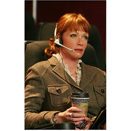 ncis-8x10-photo-lauren-holly-seated-w-headset-coffee-kn