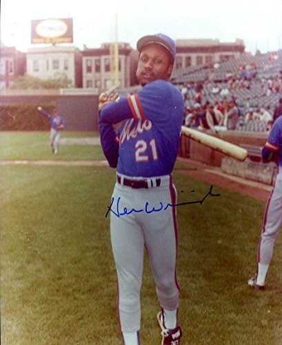(Herm Winningham Autographed/ Original Signed 8x10 Color Photo Showing Him w/ the New York Mets)