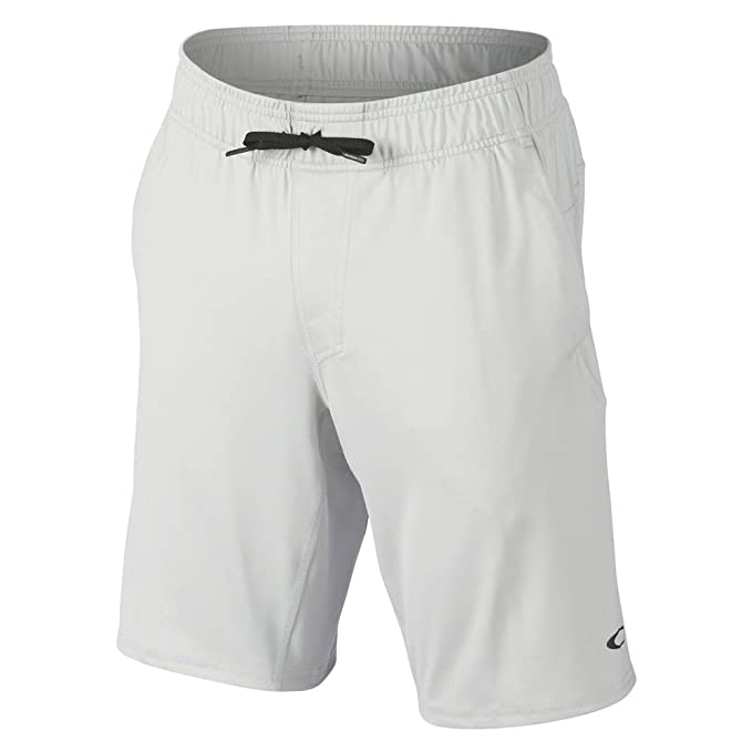 254d693b08 Oakley Sport Mens 2018 Richter Knit Shorts  Amazon.com.au  Fashion