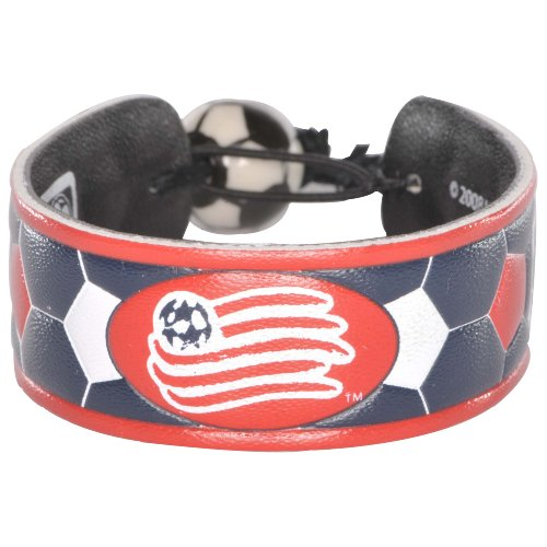 New England Revolution Team Color Soccer Bracelet – DiZiSports Store