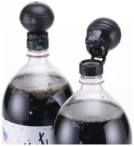 Soda Fresh Pump & Pour Fizz Keeper Cap for 2 Liter Bottles -Black by JOKARI by Jokari