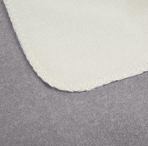 AmazonBasics Reversible Fleece Blanket - Full/Queen, Grey/Cream