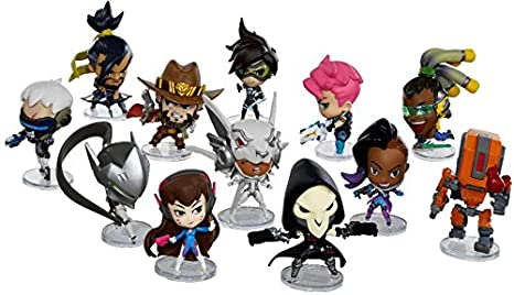 Overwatch Cute But Deadly S3 Blind Box Mini Figure, One Random: Amazon.es: Juguetes y juegos