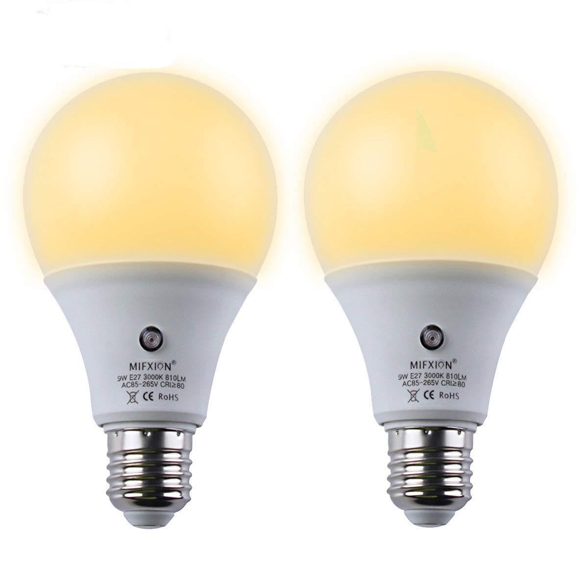 2Pcs E27 3000K LED Dusk to Dawn Sensor Light Bulbs