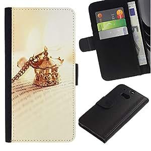 iKiki Tech / Cartera Funda Carcasa - Clip Necklace Golden Book Letters Reading - HTC One M8