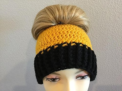 Amazon.com  CROCHETED STEELERS STOCKING HAT bd9de825b