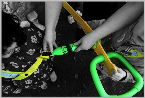 Walkodile Classic (6 Child), Childrens Walking Rope, Toddler Reins, Pre-School Safety Harness. Includes Free Learning Games for Walks Guide by Walkodile (Image #1)