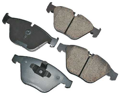 (Akebono EUR918A EURO Ultra-Premium Ceramic Front Brake Pad Set For 2008-2010 BMW 328)