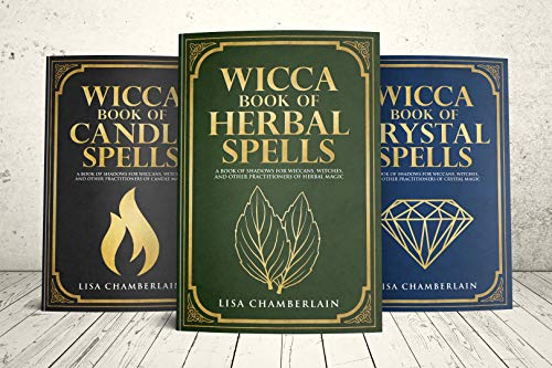 Wicca Spellbook Starter Kit: A Book of Candle, Crystal, and Herbal Spells -