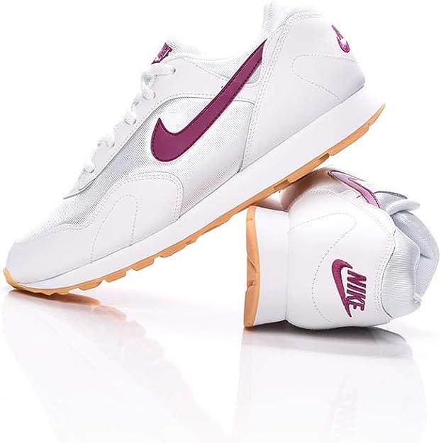 Nike W Outburst, Scarpe da Atletica Leggera Donna: Amazon.it