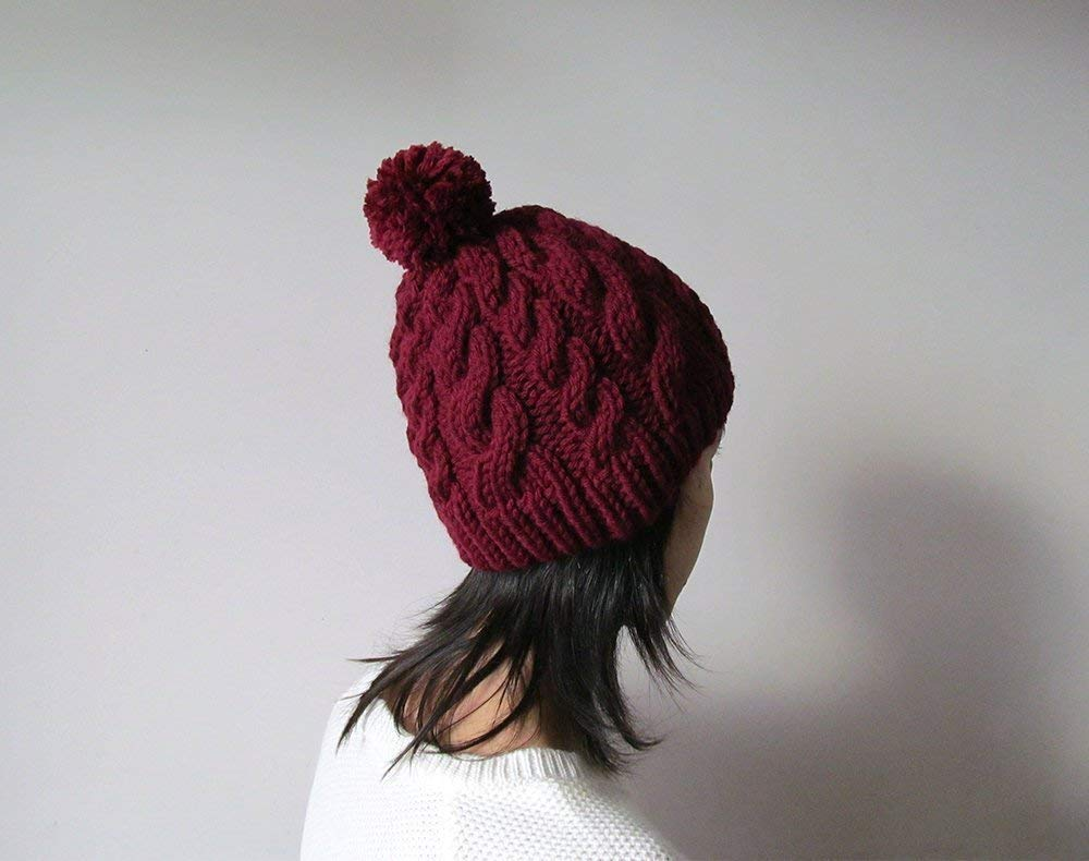 a6f8af1e402 Amazon.com  Hand Knitted Cable Chunky Beanie in Burgundy