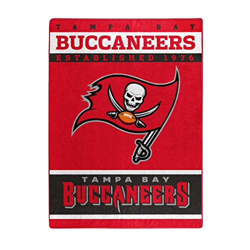 Tampa Bay Buccaneers Gear at Amazon.com e61a959c4