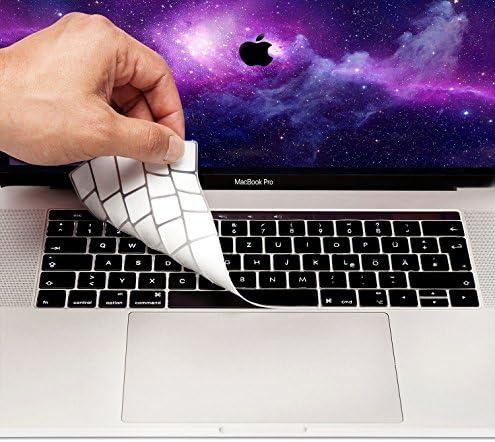 """MyGadget Tastaturschutz QWERTZ für Apple MacBook Air 13 (ab 2018) Pro 13"""" & 15 Zoll Touchbar (ab 2016) - Silikon Hülle für deutsche Tastatur - Silikonschutz in Schwarz"""