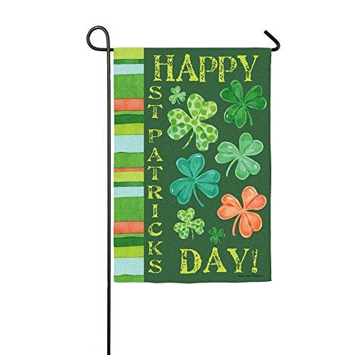 Flags St Day Patricks (Happy St. Patrick's Day Shamrock Garden)