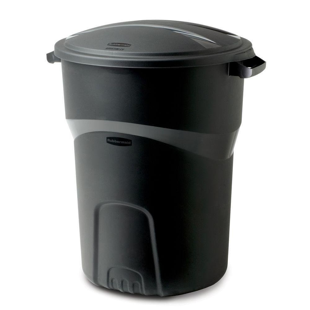 large kitchen trash can with lid