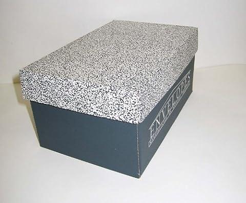 Neenah Classic Crest #10 envelopes - Natural White - Smooth - 4 1/8 x 9 1/2 - 500 pieces - Classic Crest Envelope Natural