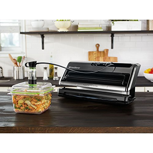 Foodsaver FM5380 2-in-1 Vacuum Sealing System by FoodSaver (Sealing Systems)