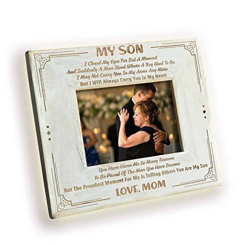 DOPTIKA Wood Frame from Mom to Son - Engraved Natural Wood Photo Frame - I'll Always Carry You in My Heart Birthday Gift