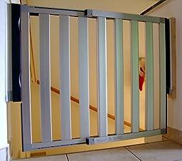 lindam numi erweiterbares schutzgitter aluminium verstellbreite 67 5cm bis 101cm grau. Black Bedroom Furniture Sets. Home Design Ideas