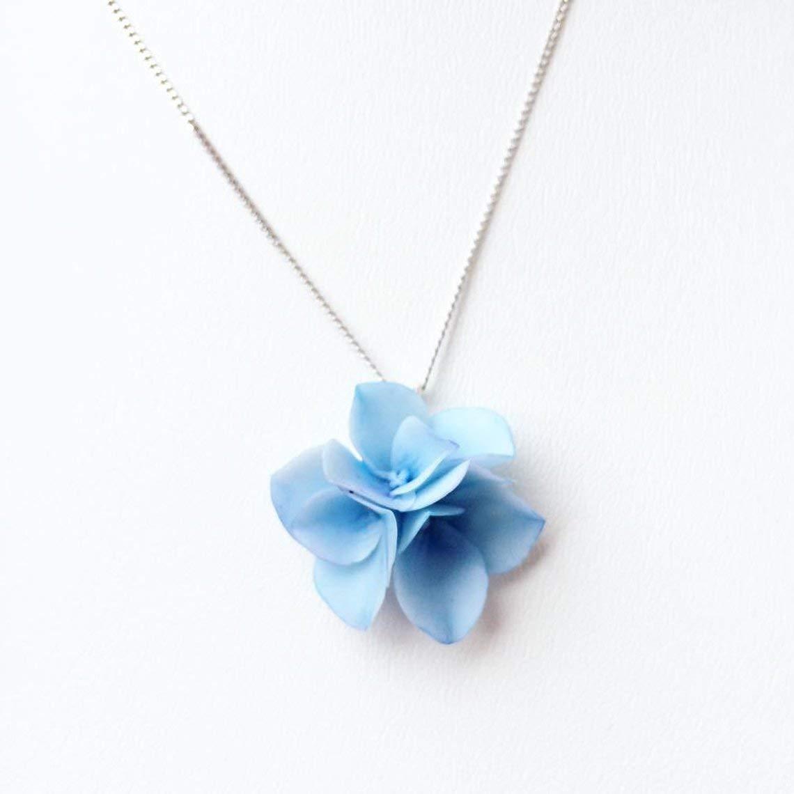 Flower pandant