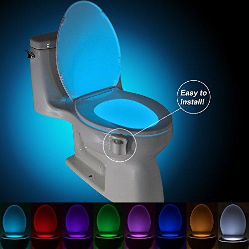 Toilette Nachtlicht LED Lichtempfindliches Nachtlicht mit Lichtsensor, Batteriebetriebenes WC Nachtlicht LED 8 Farben Wechsel