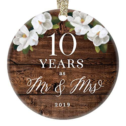 Wedding Anniversary Gifts By Year 3: Amazon.com: 2019 Christmas Ornament Mr. & Mrs. 10th Tenth