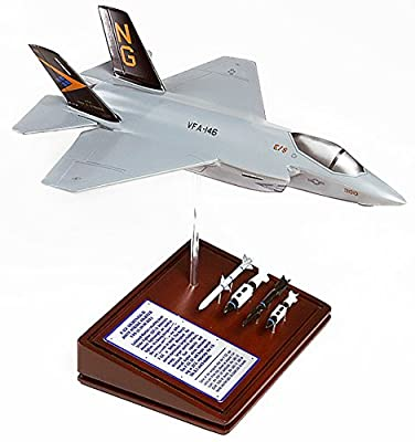 Mastercraft Collection Planes and Weapons Series Lockheed F-35C JSF USN US Navy Model Scale:1/46