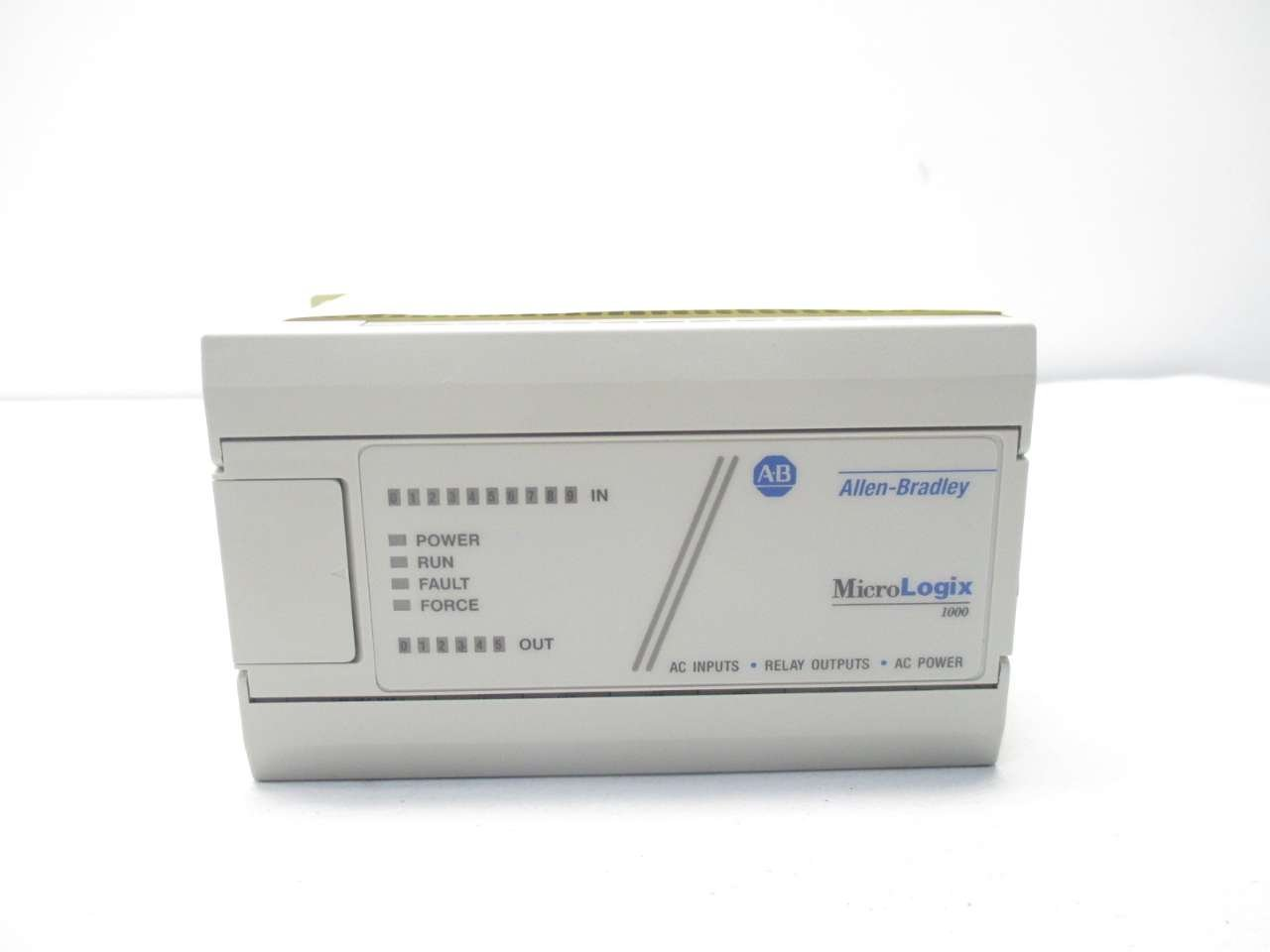 Allen Bradley 1761-L16AWA PLC Module T42641: Amazon.com: Industrial ...